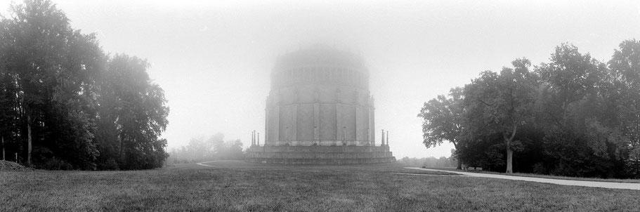 Kelheim Befreiungshalled in schwarz-weiß als Panorama-Photographie