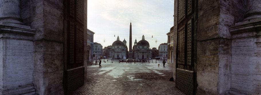 Farbphoto vom Piazza del Popolo S. Maria in Rom im Panorama-Format