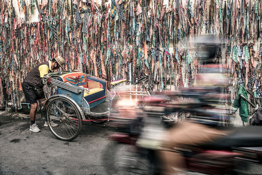 Warorot Market in the morning in Chiang Rai (Thailand) als Farb-Photographie