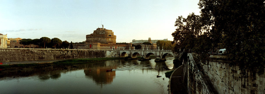 Farbphoto vom Castel Sant`Angelo in Rom im Panorama-Format