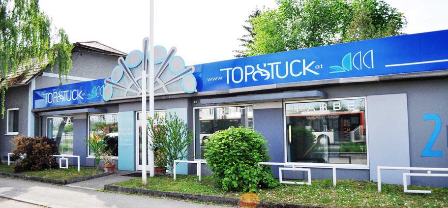 Außenansicht Schauräume TopStuck GmbH in Linz