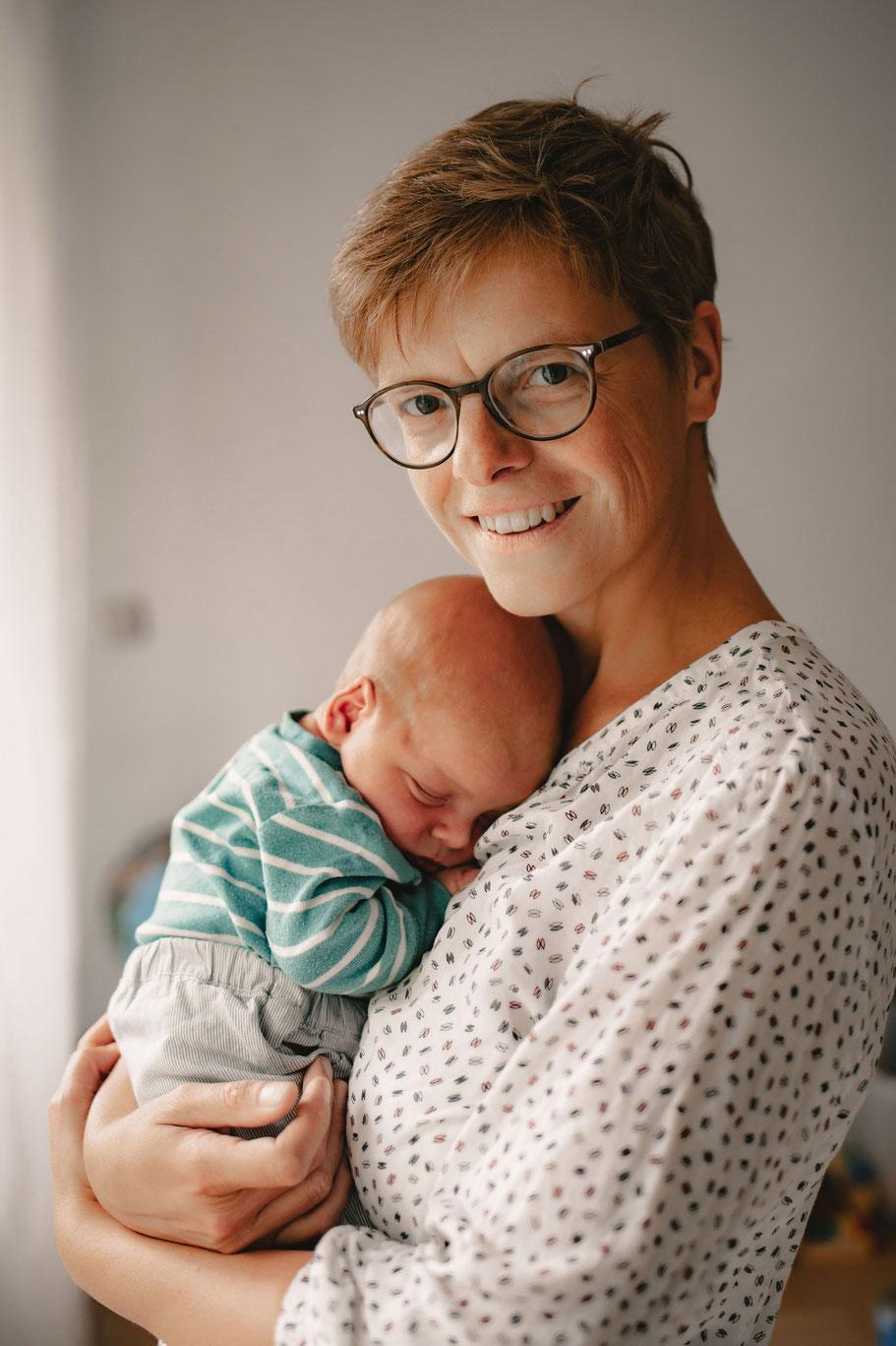 Babyfotografie, Newbornfotografie, Neugeborenenfotografie, Fotostudio, Ruesselsheim am Main, Mainz, Wiesbaden, Mainz, Königstädten, Nauheim, Raunheim, Bausscheim, Bischofsheim, Babyportrait,  Portrait, Beste Fotograf
