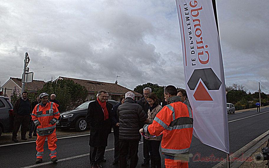Inauguration de la RD 14 entre Camblanes-et-Meynac et Créon par Philippe Madrelle, Président du Conseil général de la Gironde