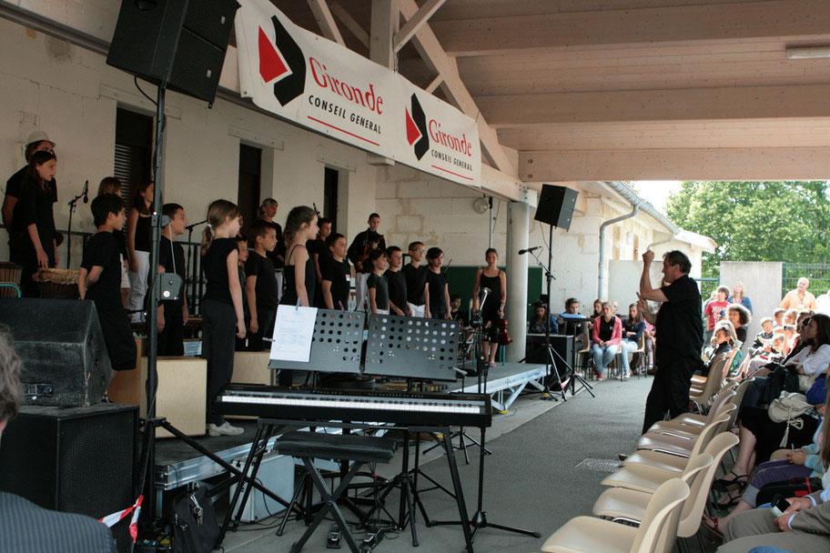 Classes de CM1-CM2 de Sadirac, Lorient, Festival JAZZ360 2011, groupe scolaire de Cénac. Mercredi 1er juin 2011