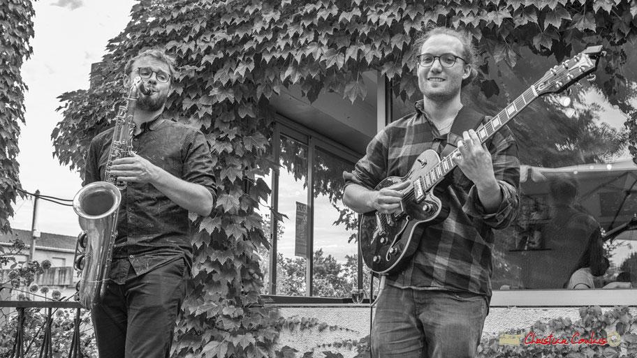 Festival JAZZ360 2018, Robin & The Woods, Jérôme Mascotto (saxophone), Robin Jolivet (guitare), restaurant les Acacias, Cénac. 08/06/2018