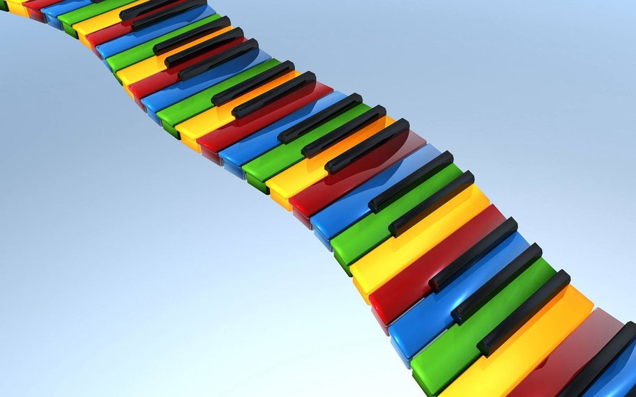 una scala di tasti da pianoforte colorati