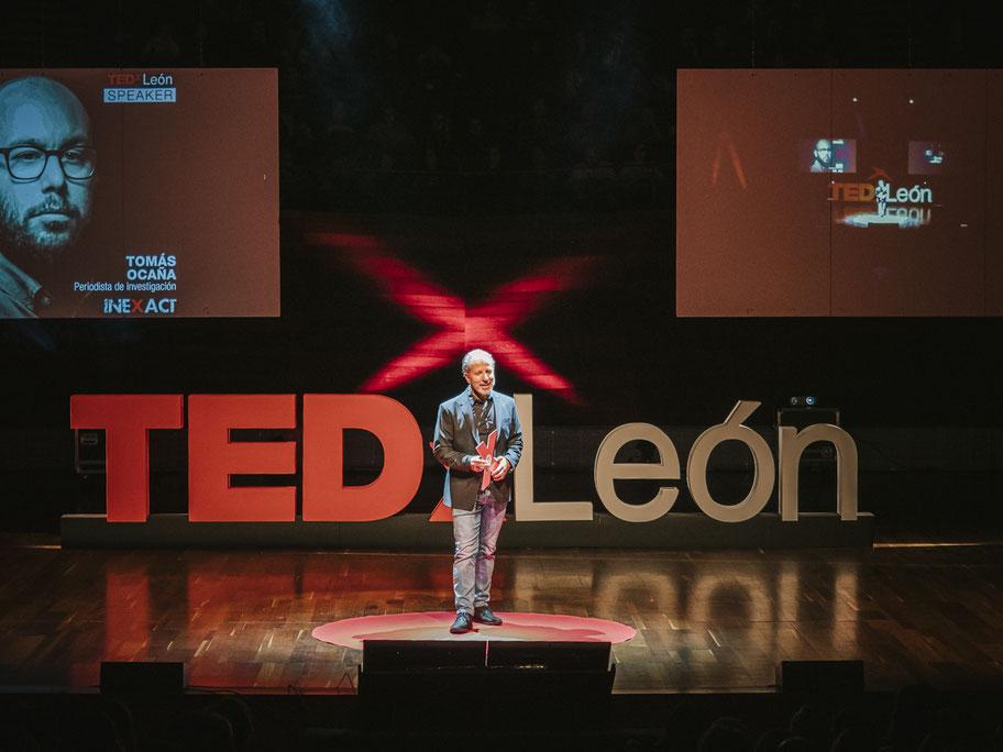 TEDx , letras corporeas para escenario