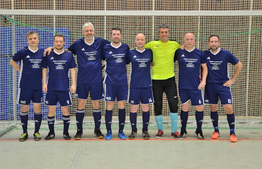 Von links: Sebastian Giemsa, Thomas Amtmann, Dieter Göttsches, Thomas Steinmetz, Frank Frühauf, Jörg Lindemeier, Ralf Wiesner und Patrick Altherr