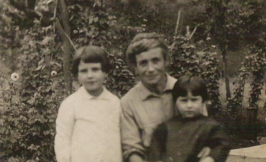 Mia mamma (a destra), mia nonna Carolina (al centro) e mia zia Irma (a sinistra)