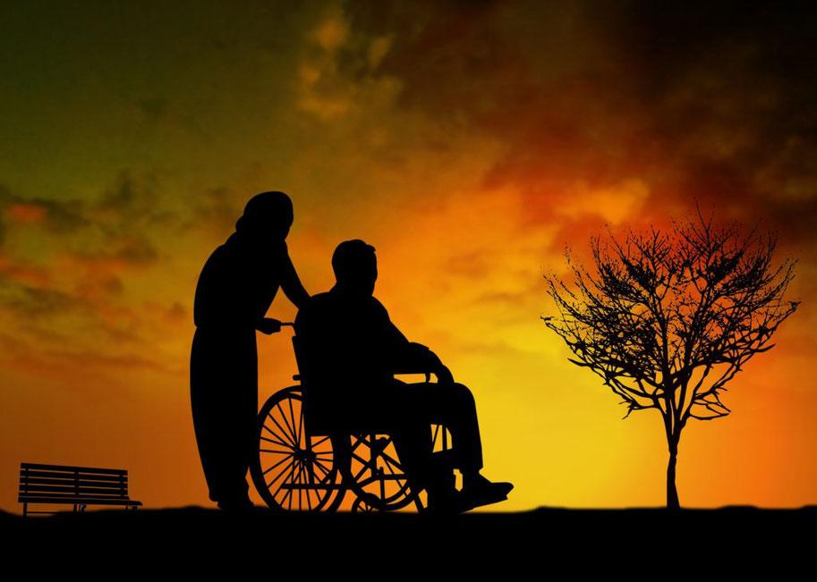 年金で老後の生活が賄えなくなる