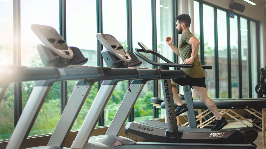 Corona Update: Mitgliedsbeitrag für Fitnessstudio und Sportverein zahlen trotz Corona-Schließung?