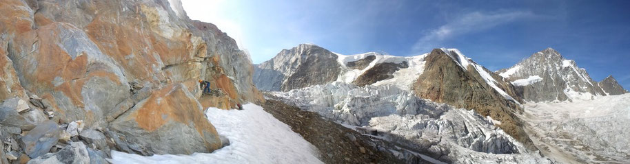 Steinmännchen vor Finsteraarhorn