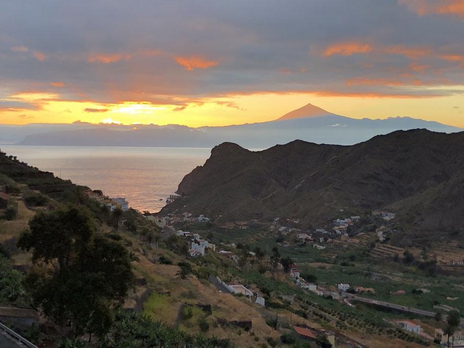 Sunrise mornings form my last resort _ Hermigua - La Gomera 06/2021