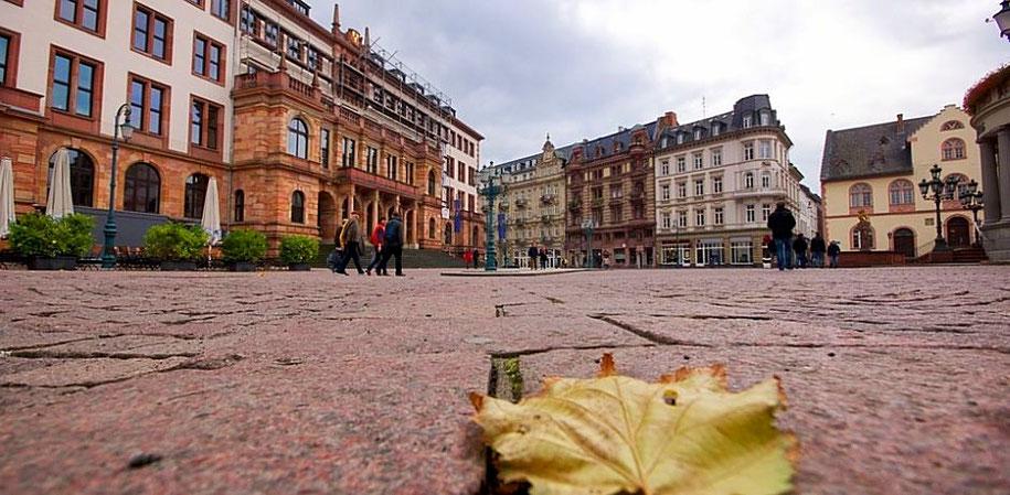 Marktplatz in Wiesbaden (Foto: pixabay)