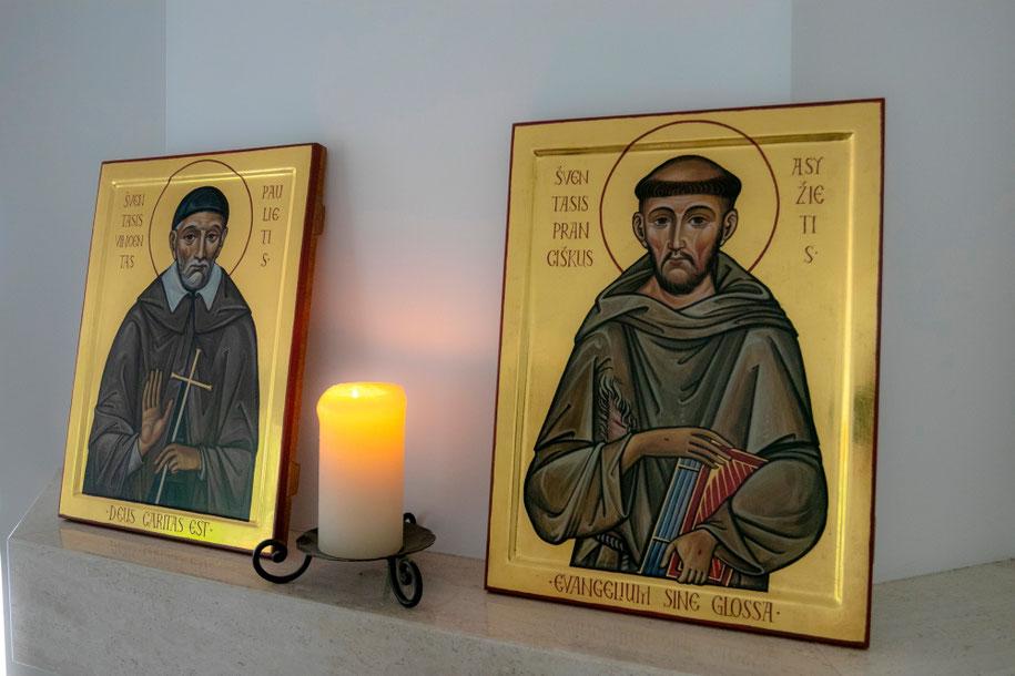 Šv. Pranciškaus Asyžiečio ir Šv. Vincento Pauliečio ikonos