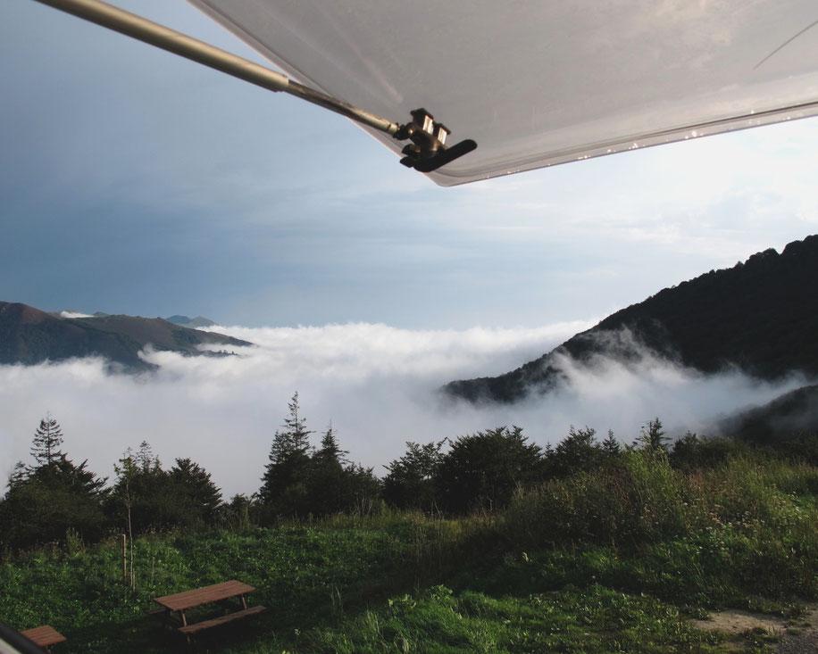bigousteppes camion fenetre montagne nuages