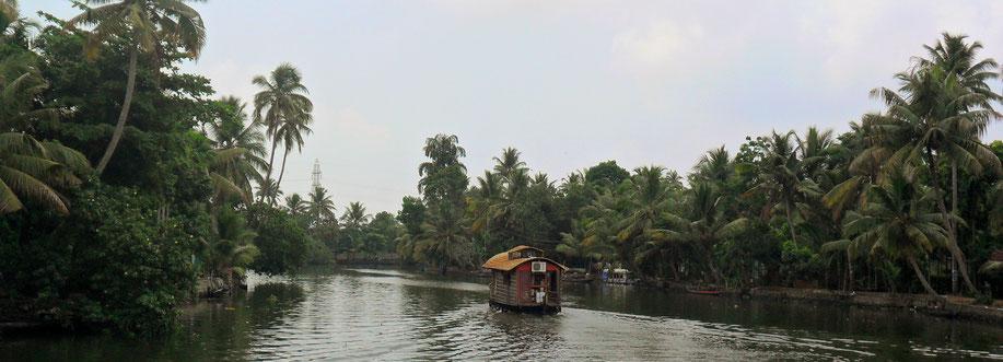 Die Backwaters von Kerala sind auch als das Venedig Indiens bekannt