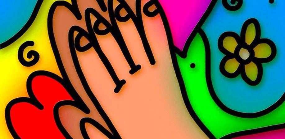 Betende Kinderhände (Foto: pixabay)