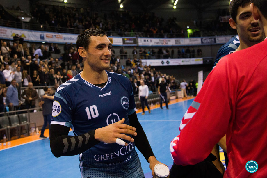 Maxime Gilbert est demi-centre au Fenix Toulouse Handball /Crédit photo FTH