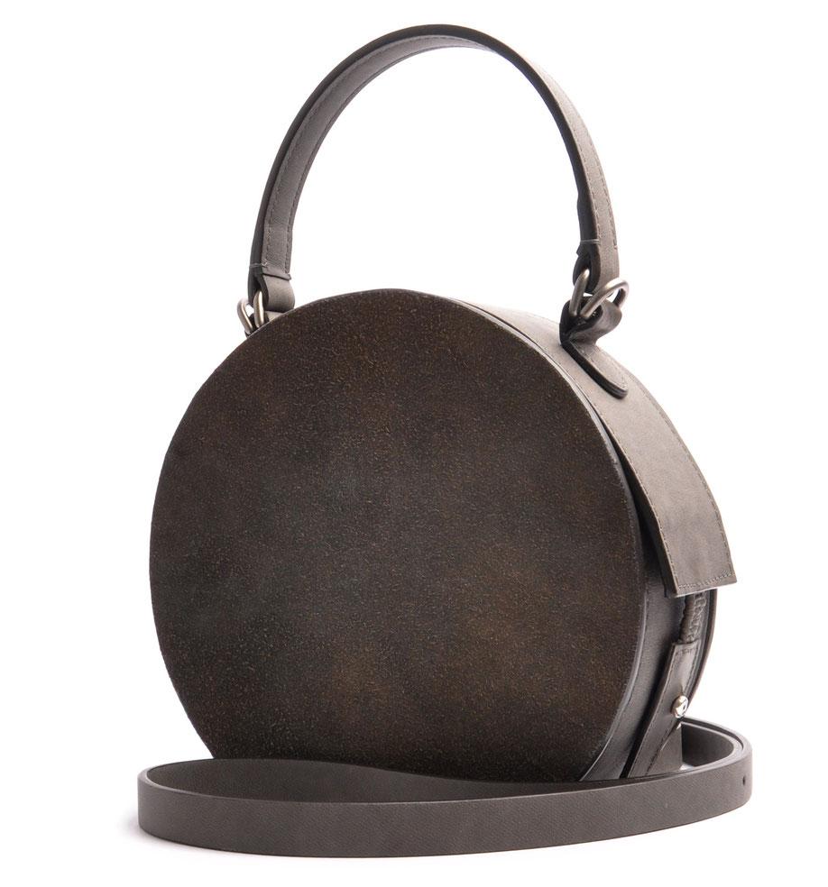 runde Ledertasche GRETA grau Vintage Stil  OSTWALD Traditional Craft