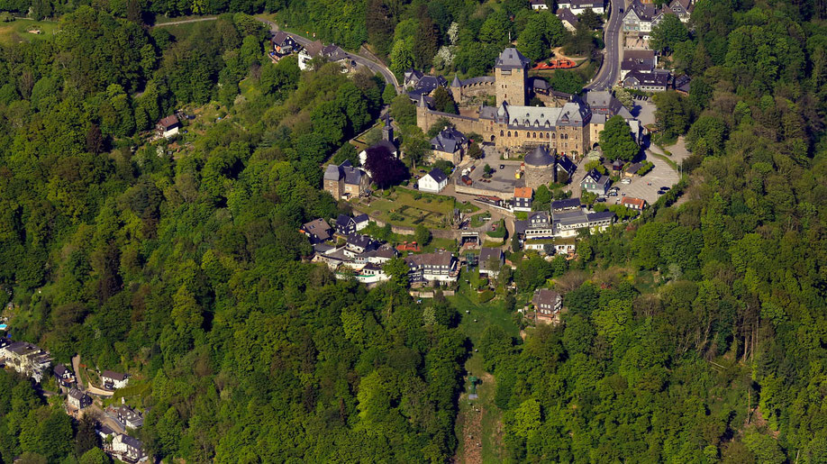 schloss burg german castle con herr der ringe game of thrones fanwerk