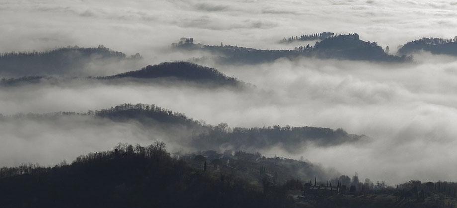 Brumes hivernales sur les terres de Thrace