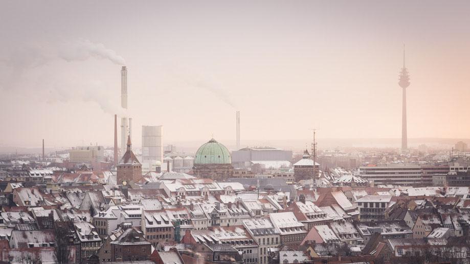 Nürnberg - Über den Dächern der Stadt (Copyright Martin Schmidt, Fotograf für Schwarz-Weiß Fine-Art Architektur- und Landschaftsfotografie aus Nürnberg)