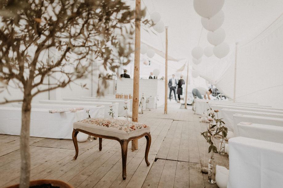 Freie Traaung Ideen für Hochzeitsfeier im Zelt