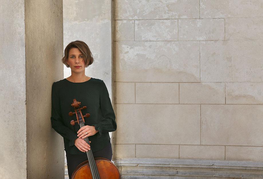 Maria Wiesmaier, Cellounterricht in Berlin Mitte, Cellolehrerin, Violoncello lernen, Cello spielen lernen, cello classes, cello teacher, Musikkapelle Berlin