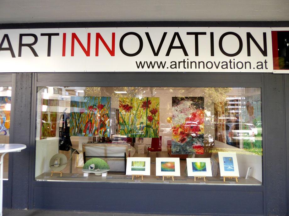 Galerie Artinnovation Innsbruck, Amraser Straße 56: meine kleinen Bilder standen im Schaufenster