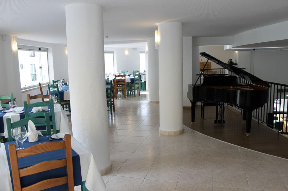 Sehr schöne Restaurant Immobilie A VELA steht zum Verkauf,Carvoeiro,Lagoa,Algarve,Portugal