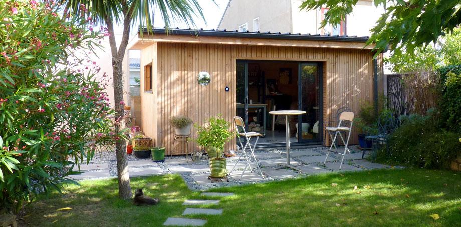 Atelier d 39 artiste ossature bois orvault architecte 44 - Laurent gerra cabane au fond du jardin ...