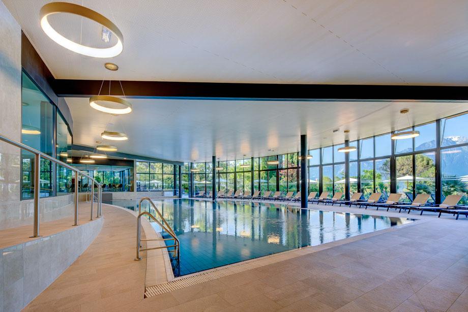 Fairmont Le Montreux Palace - Indoor Pool