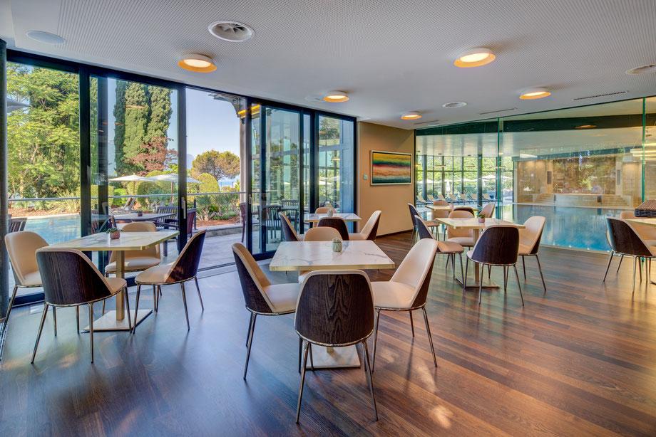 Fairmont Le Montreux Palace - Cafe