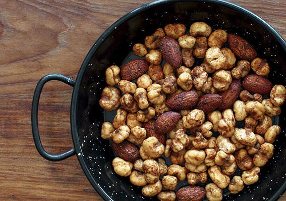 本格 北インドカレー風味  スナックナッツ