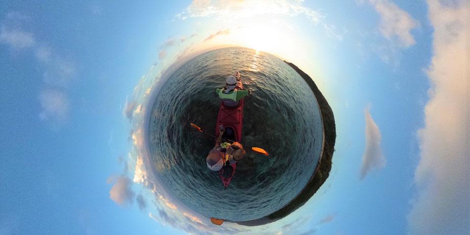 西表島・早朝カヌー/カヤックツアー【サンライズシーカヤック&沢・滝遊び+シュノーケル】ドローン撮影