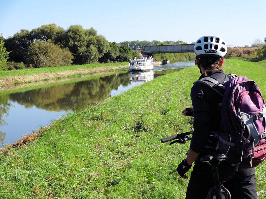 Der Bata-Kanal und seine Freizeitkapitäne