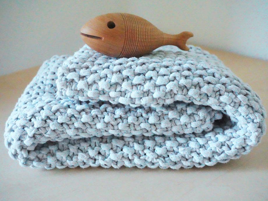 Babydecke stricken mit dem Wooltwist Strickset aus Öko Textilgarn