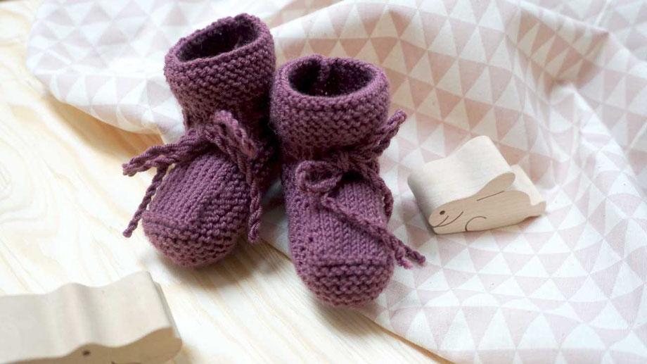 Babysöckchen stricken mit dem neuen Strickset von WOOLTWIST