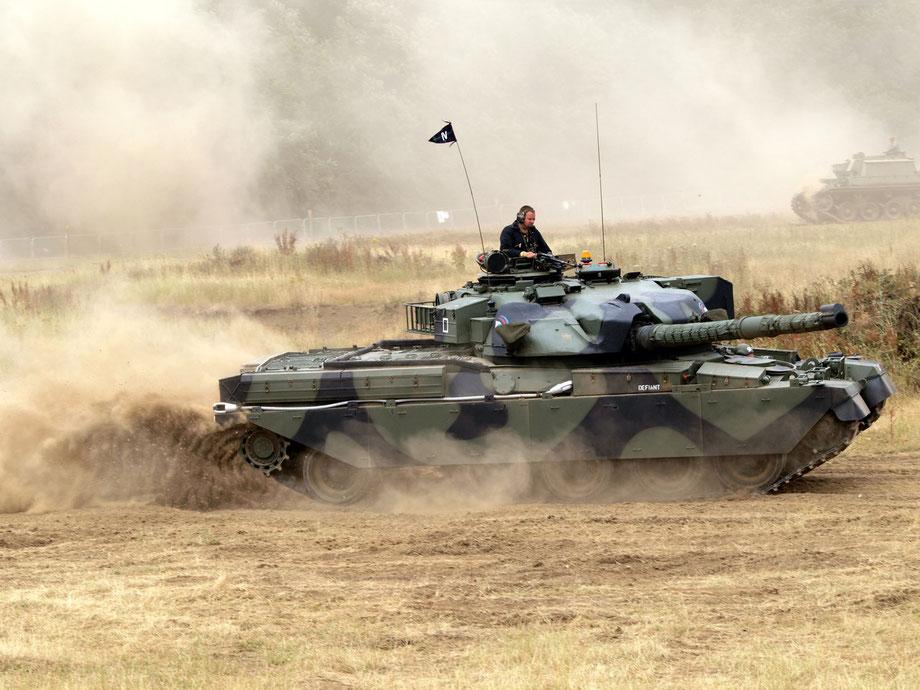Le Chieftain, char moderne de deuxième génération est un bon compromis pour une armée israélienne en construction