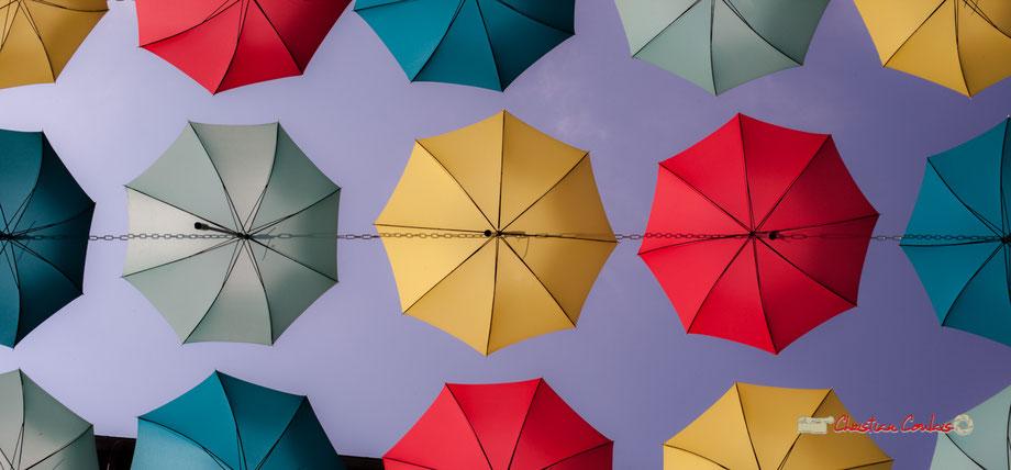 Aurillac, capitale mondiale du parapluies avec les entreprises Sauvagnat & Piganiol. Mercredi 22 août 2018
