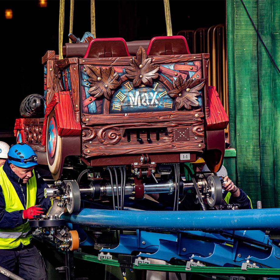 Erster Zug von Max & Moritz auf die Schienen gesetzt