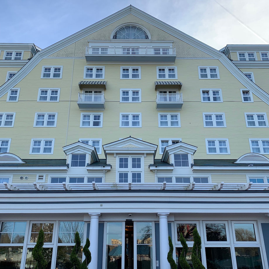 Disney's Newport Bay Club Hotel