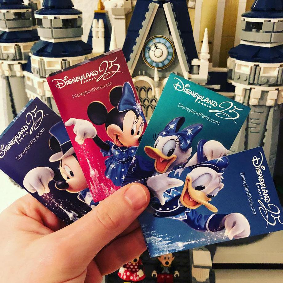 Aktuelles Design der Eintrittskarten vom Disneyland Paris
