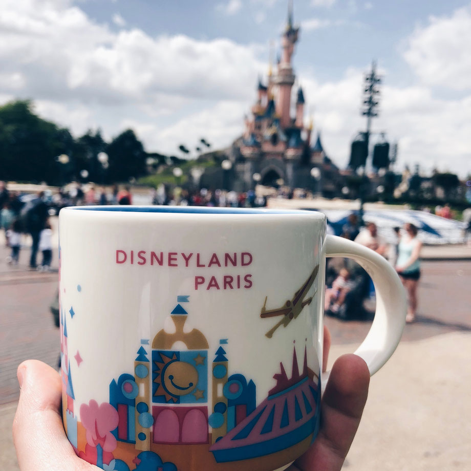 Disneyland Paris trifft Starbucks