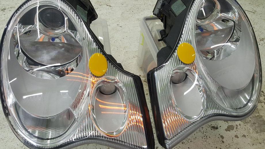 996C4Sのヘッドライトコーティング焼付け 埼玉の車磨き専門店