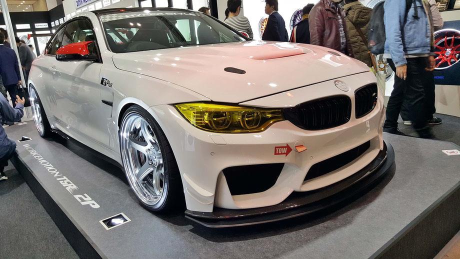 BMW・M4 東京オートサロン2019のワークブースにて展示