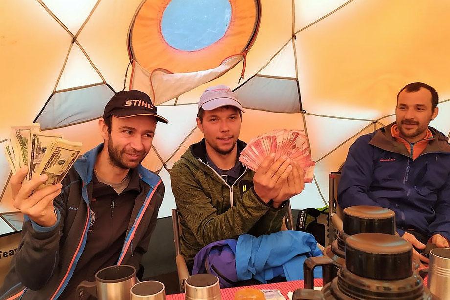 Tipping on Mount Kilimanjaro - Kilimanjaro Company