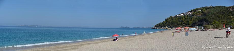 Sivota spiaggia di Karavostasi