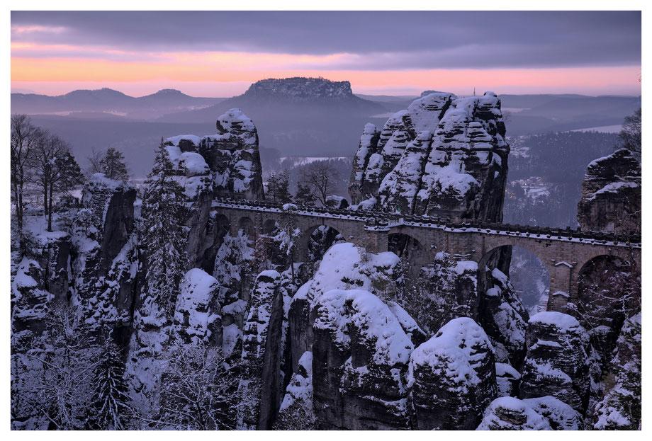 Die Basteibrücke - ein klassisches Fotomotiv im Elbsandstein
